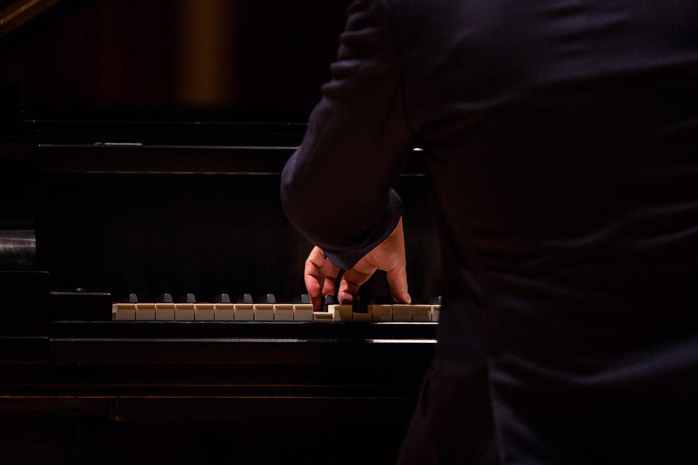 close up Leif Ove Andsnes playing the piano