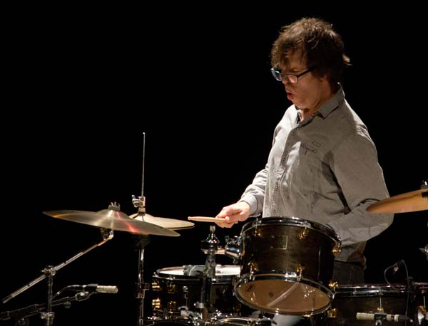 Ben Folds hitting the cymbals