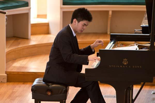 Andrew Hsu at Stetson Chapel