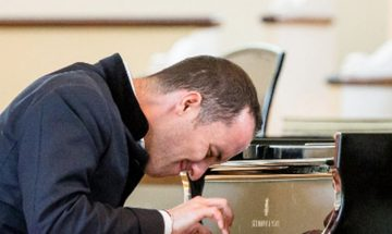 pianist igor levit plays the piano dramatically