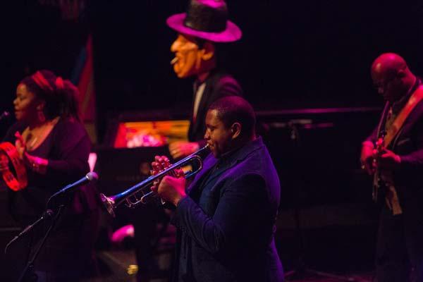 ason Moran's Fats Waller playing trumpet